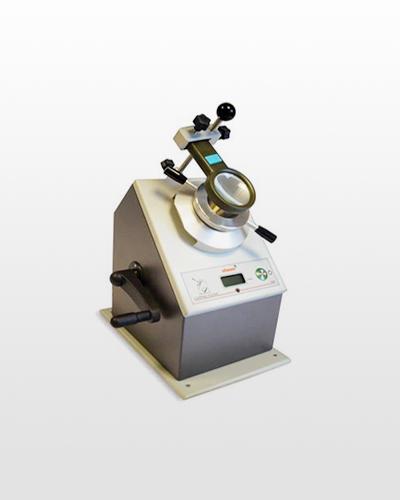 Machine pour test d'emboutissage